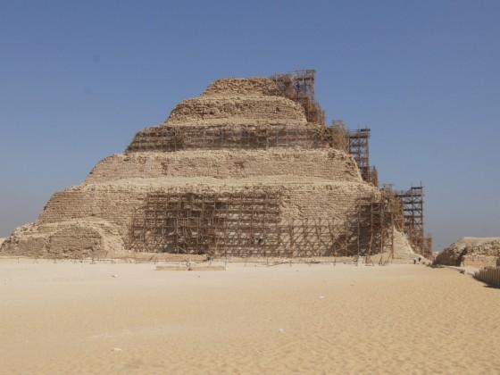 Djoser-Pyramide (Stufenpyramide)