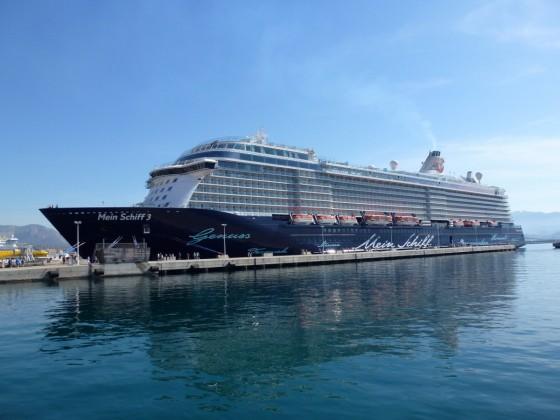 MeinSchiff 3 im Hafen von Ajaccio/Korsika